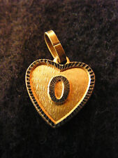 Pendentif Coeur Médaillon en Or Plaqué Lettre O 1,5 cm