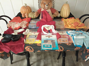 Teddy Ruxpin Talking Bear 1985 Vintage Lot - Clothes/Tapes/Books - WOW - HUGE!