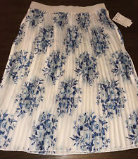 NWT LuLaRoe 2.0 Large JILL Pleated Skirt BEAUTIFUL White & Blue Floral Flowers