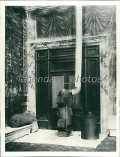 1939 Vatican Stove Used for Pope's Election Original News Service Photo