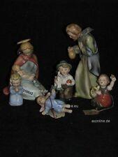 +# A010850_02 Goebel Archiv Muster Heilige Familie mit Gratulanten HX237 Plombe