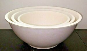 """Pampered Chef Plastic Circle Mixing Bowls Bowl Set of 3 / 7.5"""" & 9"""" & 10.5"""" USED"""