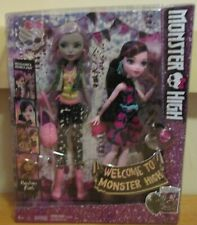 Welcome To Monster High Moanica D'Kay & Draculaura 2 Doll Set