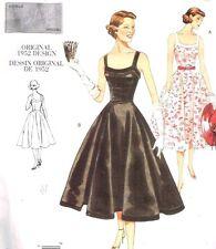 VOGUE SEWING PATTERN 2902 OOP MISSES RETRO 1952 DRESS DESIGN SIZES 6-10