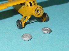 DTF137.5 - Lot de 2 roues pour avions série 60/61 avant guerre Dinky Toys