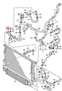 Genuine AUDI RSQ3 8UB Coolant Pipe 8U0121485