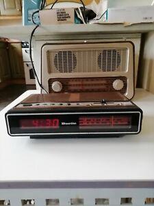 Vintage Retro Radio Alarm Clock