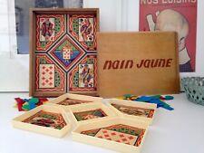 Ancien jeu du nain jaune Jeujura avec pions dans sa boîte en bois. Vintage
