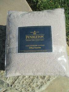 Pendleton Tucson Star 100% Cotton 3 piece Towel Set  Solid Tan White Ivory Grey