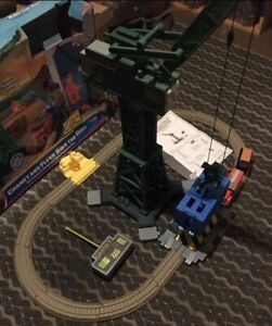 THOMAS & FRIENDS TRACKMASTER CRANKY & FLYNN SAVE THE DAY SET R/C