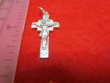 STERLING SILVER PLATED CRUCIFIX CROSS RELIGIOUS CHARM PENDANT- S1613