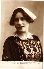 CPA  Les Plus Belles Femmes des Providences de France - La Nantaise    (223041)
