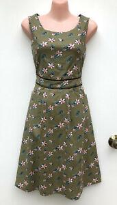 LOVE KAYSHA Vintage/Retro Styled Green A-LineFloral Print Pockets Dress sz 8