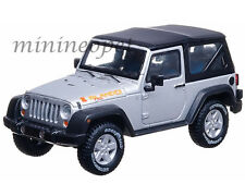GREENLIGHT 86049 2010 JEEP WRANGLER ISLANDER 1/43 WITH DISPLAY CASE SILVER