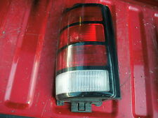 91-92-93-94-95 caravan left (drivers) side taillight assembly