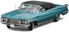 Sun Star 1/18 Scale 1959 PLATINUM OLDSMOBILE SOFT TOP Diecast Car