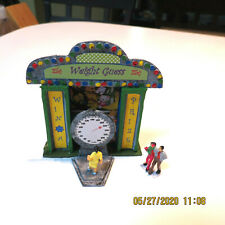 Ho Scale Resin Painted Weight Guesser Game Booth with Scale- Carnival/ Circus