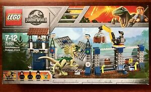 Lego Jurassic World - Dilophosaurus Outpost Attack (75931)