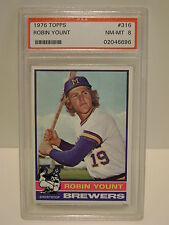 ROBIN YOUNT BREWERS 2ND YEAR  CARD PSA 8 1976