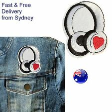 Headphones iron on patch - Music lover icon - Teen heart rock embroidery patches