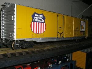USA Trains 50ft Double Door Box Car UP Union Pacific..,METAL WHEELS..NICE,w/Box