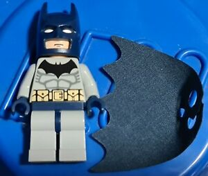 Genuine Lego DC BATMAN Minifigure from 7787 bat022 displayed only