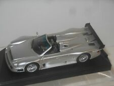MERCEDES BENZ CLK GTR ROADSTER / CLR - SPARK MODELL - 1:43