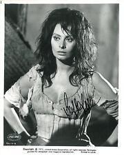 Sophia Loren Signed Authentic Autographed 8x10 Photo (PSA/DNA) #J64664