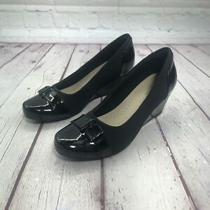 Clarks Flores Poppy Womens Black Leather Wedge Pumps Size 6.5 M