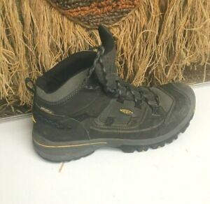 KEEN MENS PORTLAND OREGON BLACK LEATHER HIKING  WORK  BOOT,SIZE 9.5