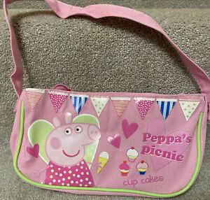 Peppa Pig Girls Pink Handbag Peppa's Picnic Cup Cakes