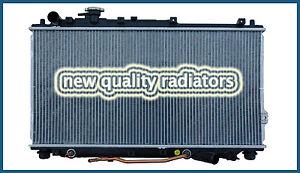 Radiator fits Kia Carens 2000 - 2002 Auto