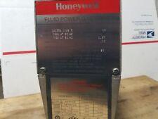 Honeywell fluid power gas valve V4055A 1098 3