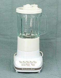 KitchenAid 4KSB5W Ultra Power Blender White 5-Speed 40oz Glass Pitcher Excellent