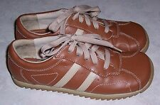 PREDICTIONS Tan Brown Sneakers Oxfords Womens Lace Up Shoes Size 7.5M EUC