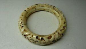 ANTIQUE CHINESE CARVED BANGLE BRACELET ELEPHANTS LINE TRUNK TO TAIL
