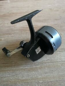 Abu 506 Closed Face Fishing Reel In Excellent Condition ( Serial # 037200 )