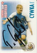 TOMASZ CYWKA HAND SIGNED WIGAN ATHLETIC 06/07 SHOOT OUT CARD 2006/2007.