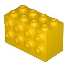 Manca il mattoncino LEGO 2434 Giallo Mattone 2 x 4 x 2 con borchie sui lati