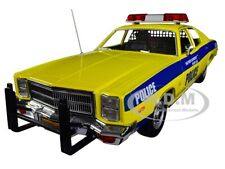 1997 PLYMOUTH FURY PORT AUTHORITY OF NY & NJ POLICE 1/18 CAR BY GREENLIGHT 19056