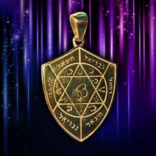 Divine Shield or Amulet Combating Enemies