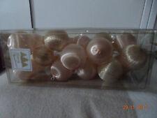 40 boules de décoration de Noël: 20rouges et 20 blanches rosées