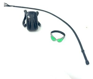 Mezco One:12 Catwoman Goggles, Backpack & Whip Selina Kyle DC Comics Batman