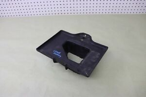 05 2005 CADILLAC XLR V8 4.6 BATTERY TRAY HOLD BRACKET SUPPORT
