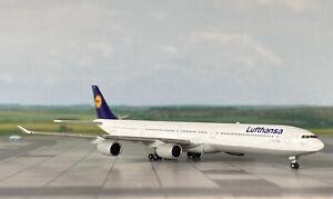 "Airbus A340-600 Lufthansa ""Lübeck"" 1:500 mit OVP Herpa Wings"