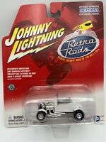 JOHNNY LIGHTNING RETRO RODS '27 FORD T-ROADSTER White 1/64 Scale FREE SHIPPING