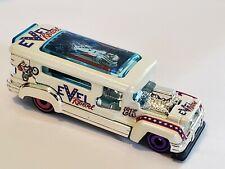 Hot Wheels EVEL KNIEVEL Road Bandit custom bus