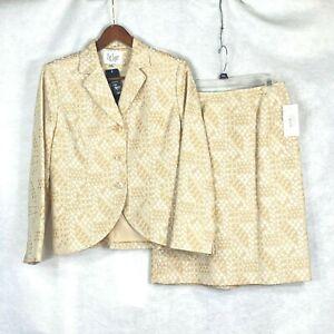 Le Suit Petite NWT wmns beige w multi colored dot design poly blnd skirt suit 6P