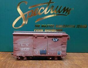 On30 Bachmann 18' Box Car LV Lehigh Valley Railway  Custom Painted & Weathered