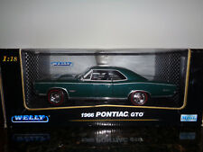 Welly 1966 Pontiac GTO 1:18 Scale Die Cast Model Muscle Car Green 9856W